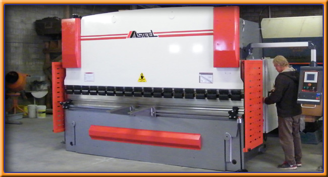 New Wave Docks - 100 Mile House, BC - Phone Mike McNeil 250-395-3668 - 190 Ton - 12ft. Press Brake